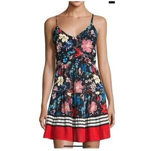 On the Road Angel Floral Print backless dress